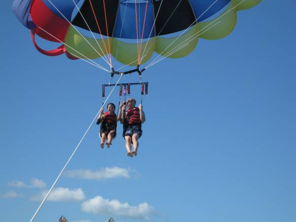 parasailing resized2
